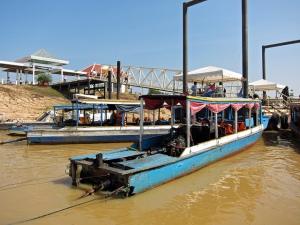 Chong Kneas port